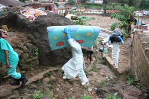 On interventions, Handicap International teams remove mattresses and other items that have been in contact with potentially infected fluids and that can not be decontaminated. They are evacuated and destroyed and then replaced with new items.